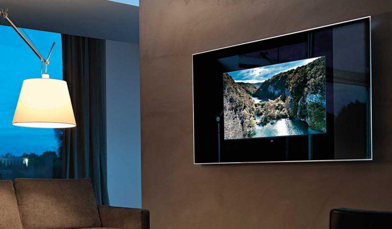 TV Önü Aynası